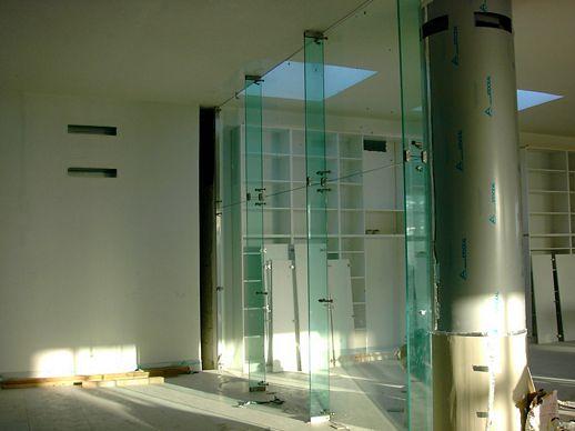Mercedes smart zoe fontana roma tulli arredamenti 2012 for Mb arredamenti roma